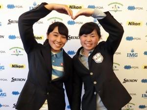 女子15-18代表の市村(右)と佐藤